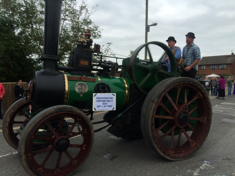 Old Style Tractor Small